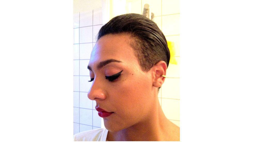 how to wear gel eyeliner